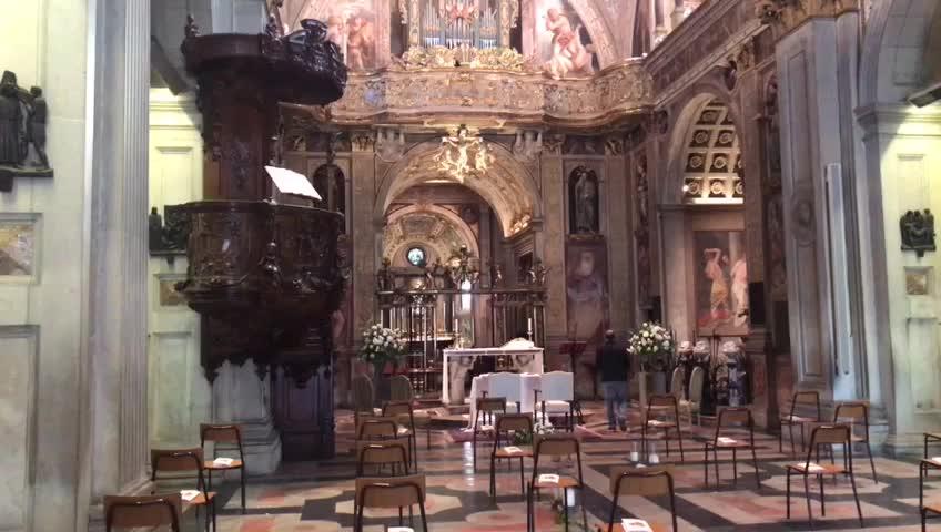 Video: Prove di canto al Santuario di Saronno