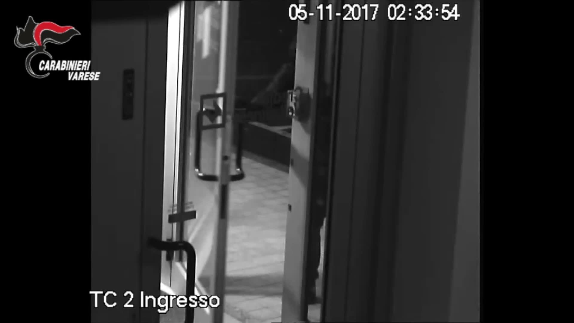 Video: Lo scasso, l'ordigno e l'esplosione: ecco come la banda faceva saltare i bancomat
