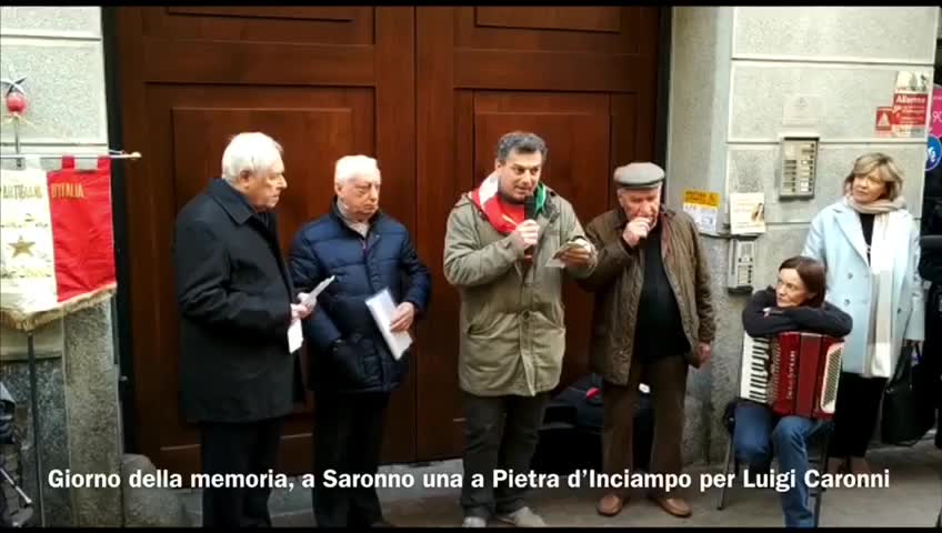 Video: Posata la Pietra d'Inciampo in memoria del deportato Luigi Caronni