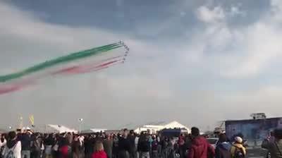 Video: Linate Air Show, il passaggio delle Frecce Tricolori