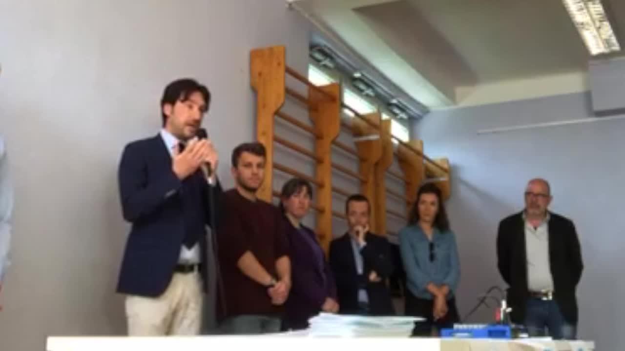 Video: Il figlio di Maroni è candidato nella lista civica di centrosinistra (contro la Lega)
