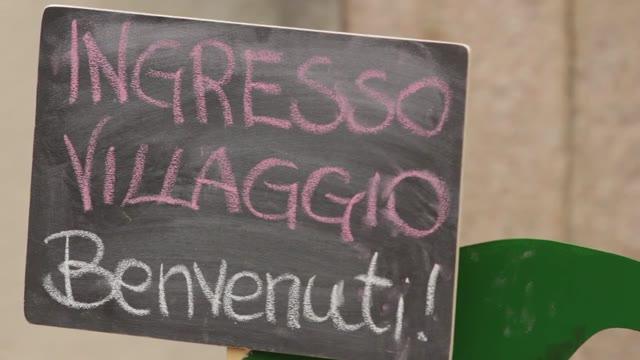 Video: A Casciago è aperto il villaggio di Babbo Natale