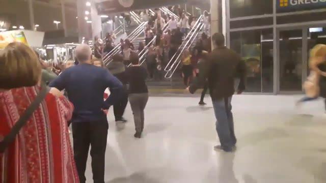 Video: Attentato a Manchester, la fuga dopo l'esplosione
