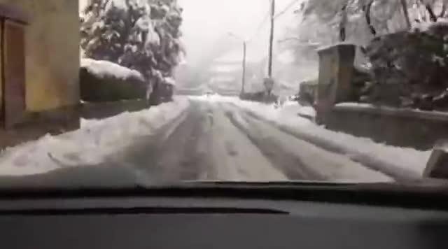 Video: Viaggio nella neve tra Azzio e Orino