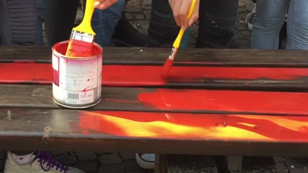 "Video: Il progetto ""panchine rosse"""