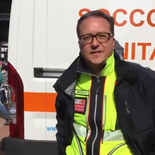 Video: Maxi esercitazione di primo soccorso in piazza Monte Grappa