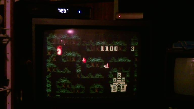 Intellivision - Thunder Castle - NTSC/PAL - Default Settings - 10,100 - Roger 111