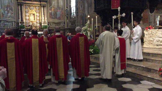 Video: Il rito del Faro per San Vittore