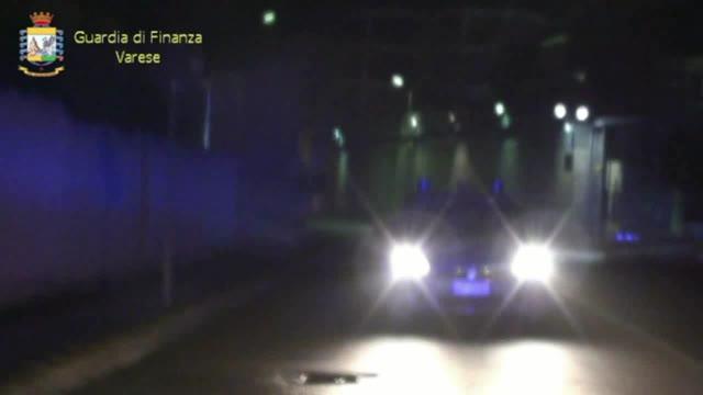 """Video: Operazione """"Puerto Azul"""", sette arresti per truffa, riciclaggio e abusisvismo bancario e finanziario"""