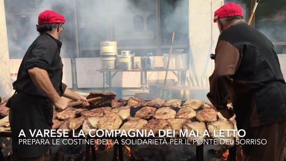 Video: Le costine della solidarietà