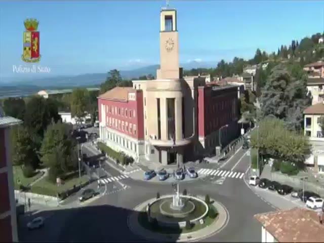 Video: Immatricolavano auto da Inghilterra e Stati Uniti, 24 indagati