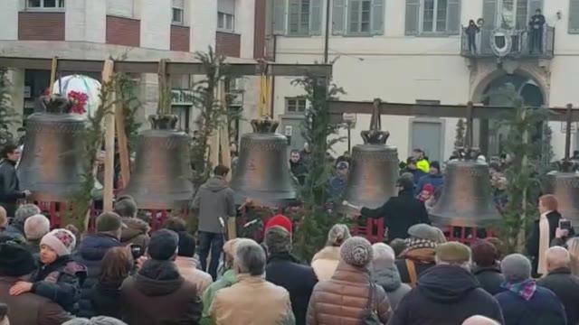 Video: Le campane di Somma suonano l'Inno alla gioia