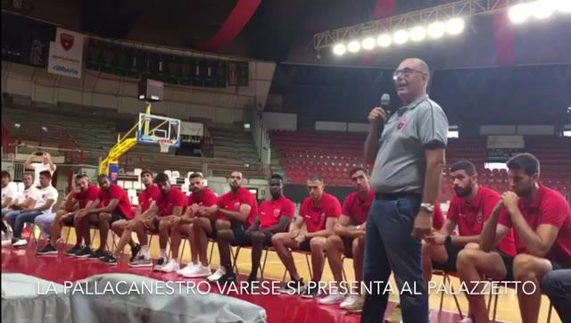 Video: La Pallacanestro Varese si presenta ai tifosi