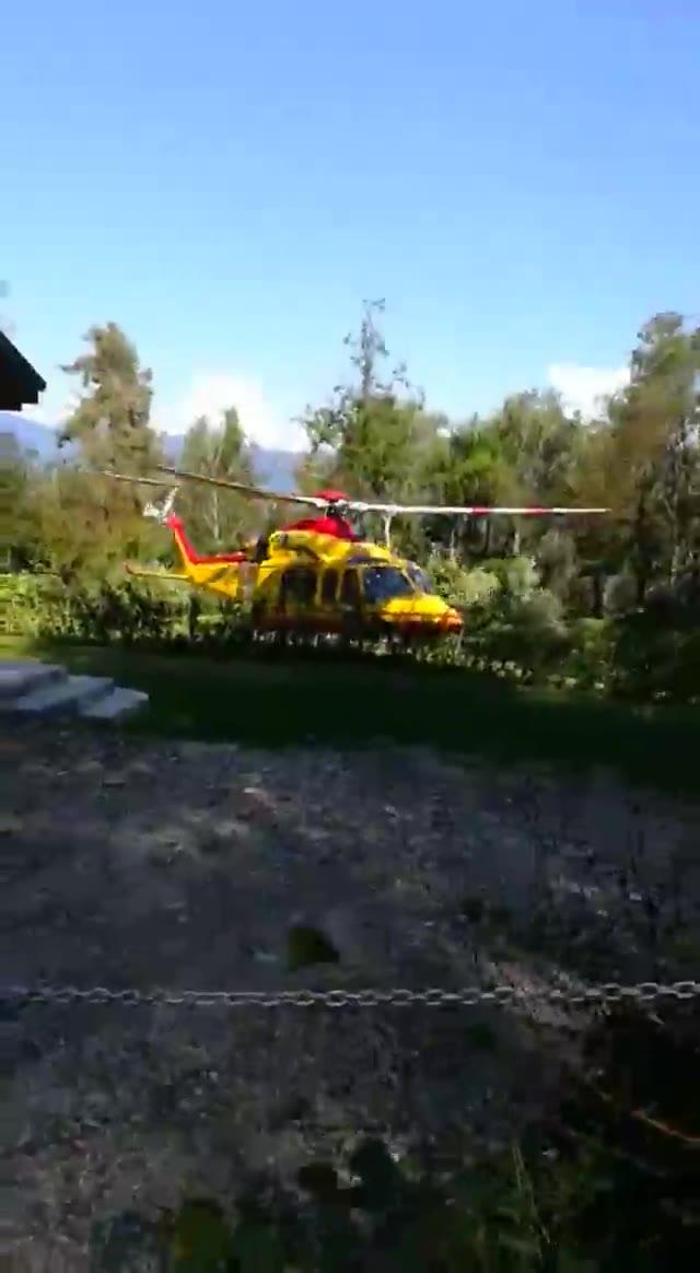 Video: Montegrino, elisoccorso trasporta ciclista in ospedale