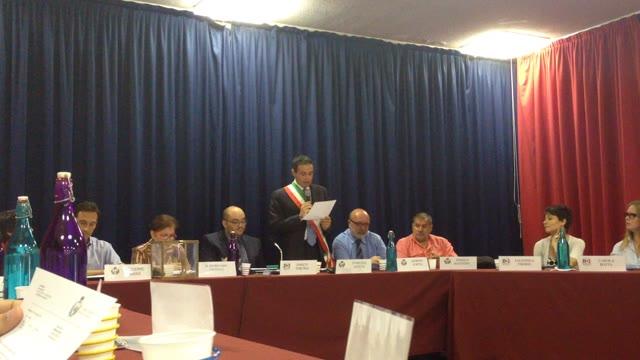 Video: Il giuramento del sindaco di Malnate Samuele Astuti