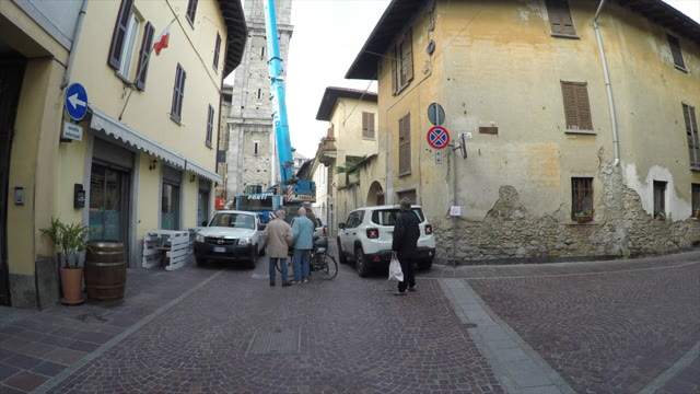 Video: Le campane tornano sul campanile di sant'Agnese