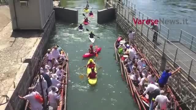 Video: Le barche inaugurano la diga del Panperduto