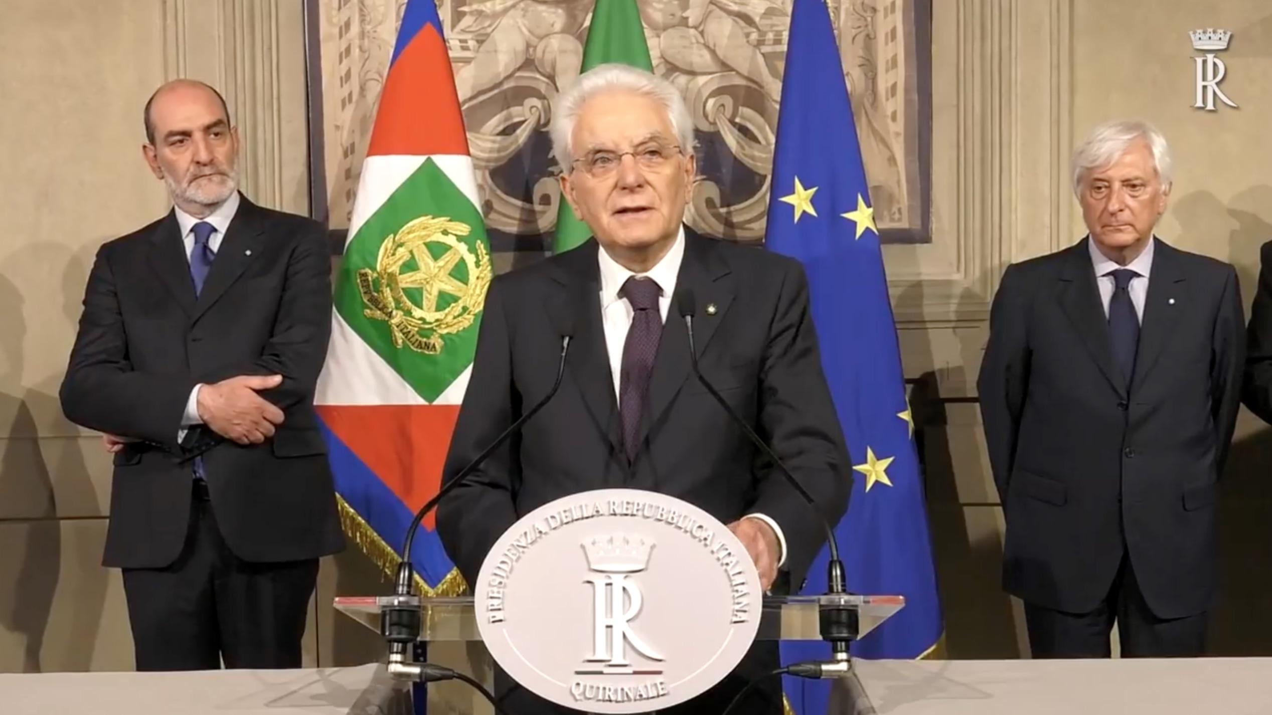 """Video: Mattarella: """"A rischio l'Italia nell'euro"""""""
