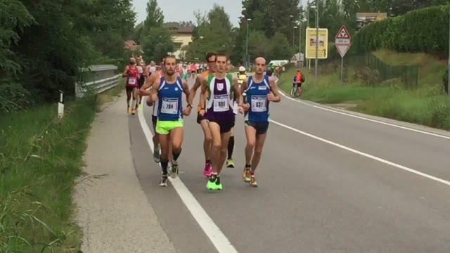 Video: Tutti di corsa per la Lake Varese Marathon