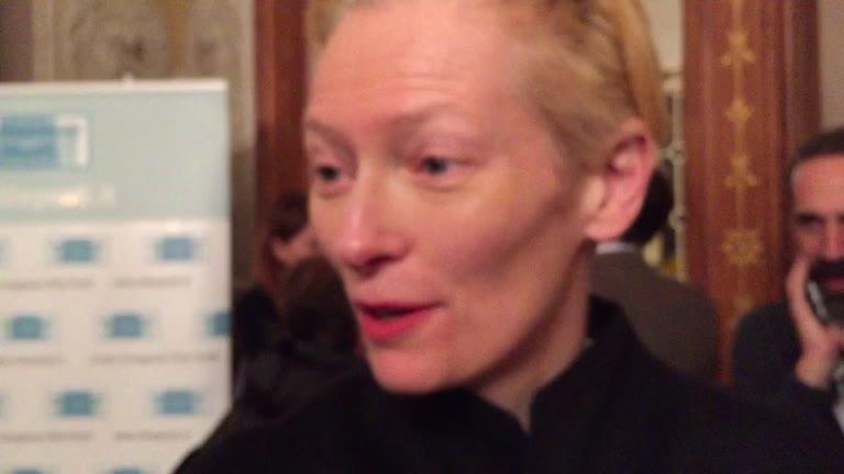 """Video: Tilda Swinton: """"Lavorare a Varese è stato meraviglioso"""""""