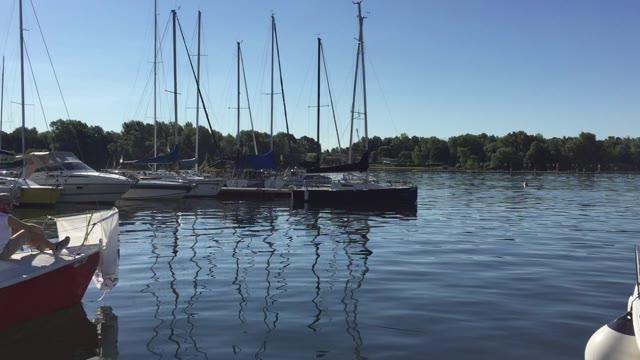 Video: Legambiente a caccia della plastica dispersa nei laghi