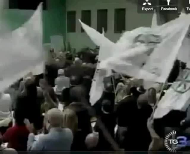 Video: Umberto Bossi e gli insulti a Napolitano e Monti