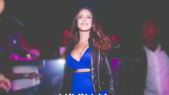 Video: Lucia Javorcekova protagonista al Minimal