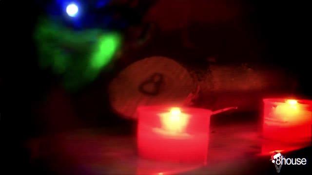 Video: La canzone di Natale della 8house