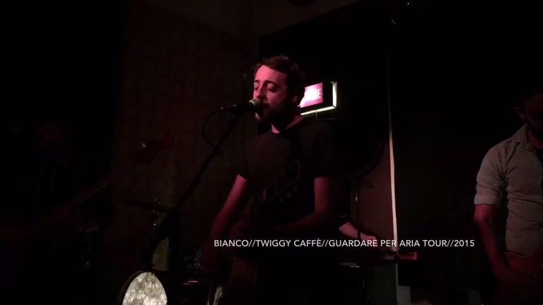 Video: Bianco live al Twiggy Caffè