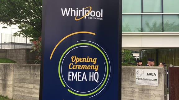 Video: Gentiloni taglia il nastro del nuovo quartier generale di Whirlpool EMEA
