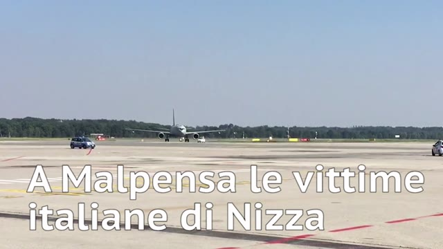 Video: L'arrivo in Italia delle vittime di Nizza