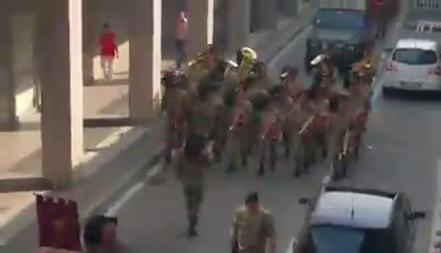 Video: La sfilata dei militari a Varese