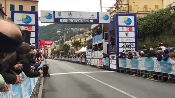 Video: Trofeo Laigueglia, vince Andrea Fedi