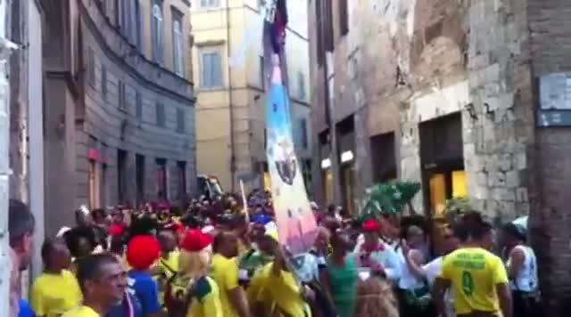 Video: Palio di Siena, vince la contrada della Torre