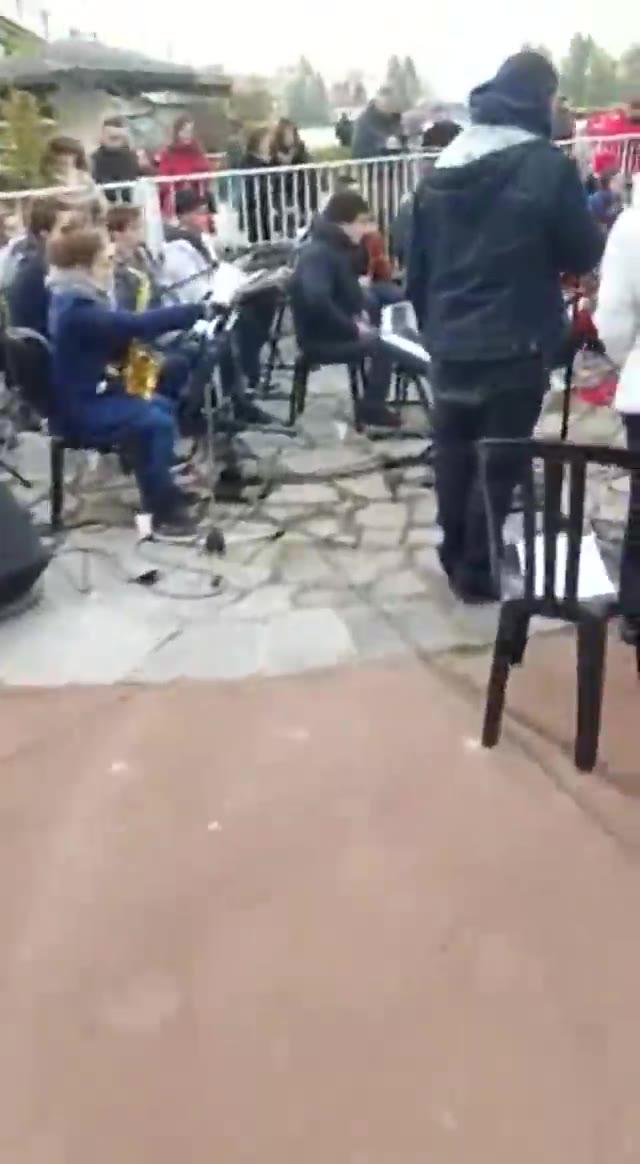 """Video: L'Orchestra giovanile studentesca al premio """"200 anni città di Varese"""""""