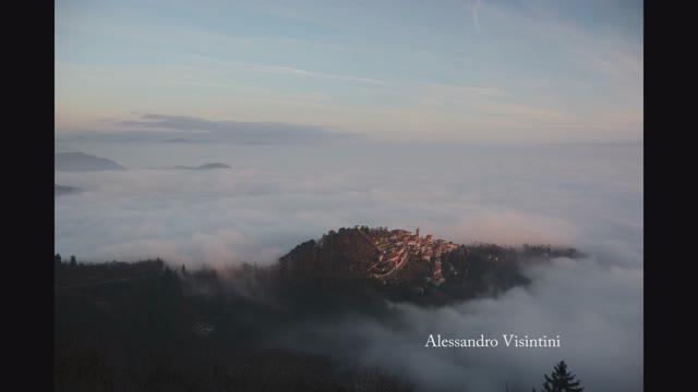 Video: Le nuvole che abbracciano Sacromonte