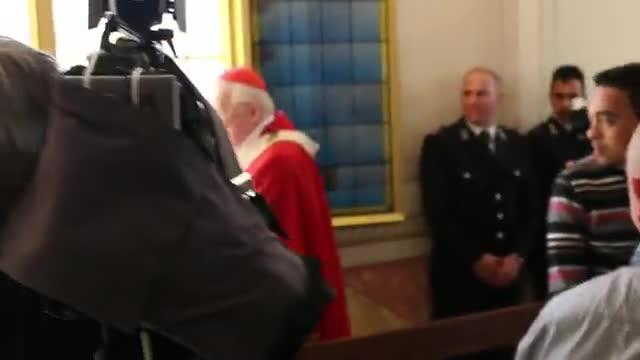 Video: Il cardinal Scola in carcere a Busto Arsizio