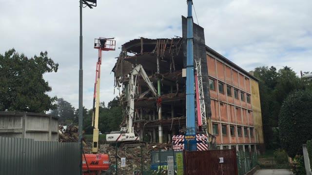 Video: La demolizione della Malerba