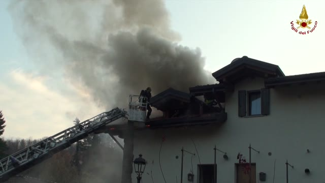 Video: Appartamento in fiamme a Mesenzana