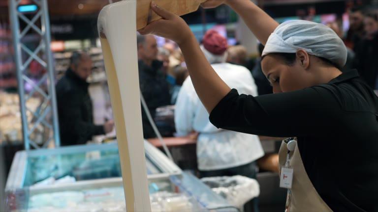 Video: Dal parmigiano alla mozzarella fresca, la festa è da Iper