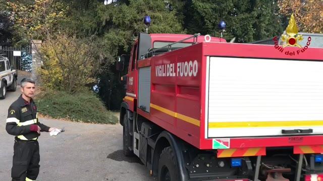 Video: Il fronte delle fiamme sul Campo dei Fiori