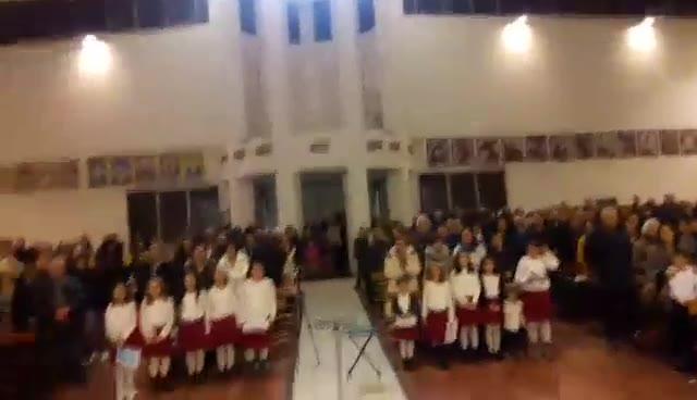 Video: La comunità fa gli auguri a Papa Francesco