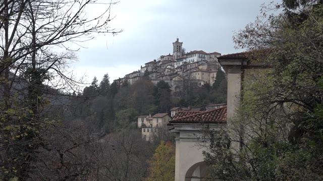 Video: Il duomo di Milano e il Museo Pogliaghi