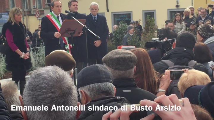 Video: Antonelli ed Emanuele Filiberto inaugurano la piazza Vittorio Emanuele II