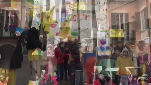 Video: Manifestazione a Varese per la giornata mondiale dei diritti dell'infanzia e dell'adolescenza