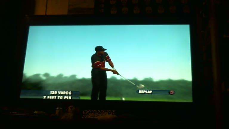 PlayStation 2 - Tiger Woods PGA Tour 2003 - NTSC - Scenario - Par-3 Challenge 1 [Least Strokes] - 7 - Roger 111