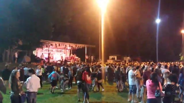 Video: Ruggero dei Timidi alla festa del Rugby
