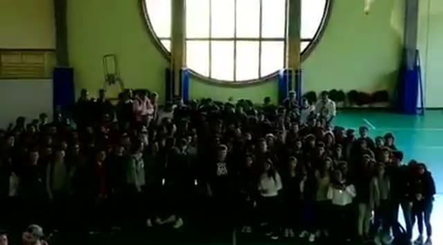 Video: Daje contro il bullismo