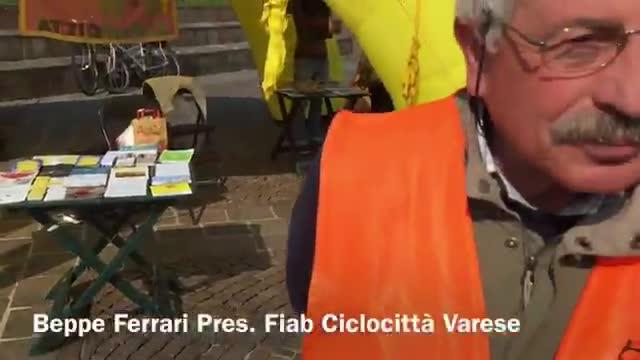 Video: Tutti in bici