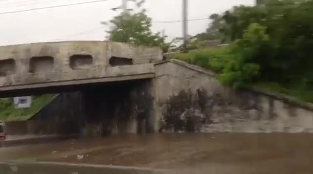 Video: Sottopasso allagato a Gemonio